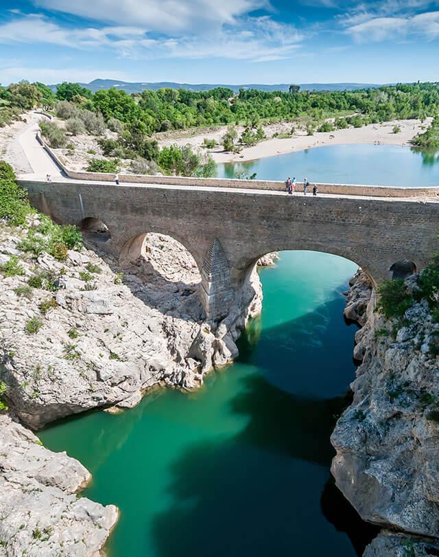Canoeing at the Devil's Bridge in the Hérault